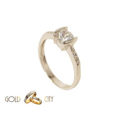GY-F-140 arany gyűrű