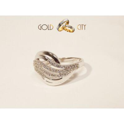 GY-F-560 arany gyűrű