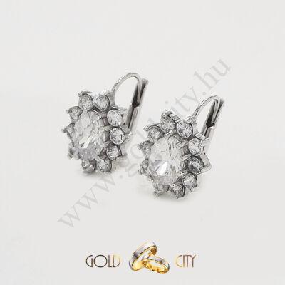 Fehér arany fülbevaló az ékszer webáruházból-GoldCity-Ékszer-Webáruház