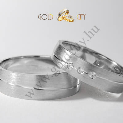 Modern karikagyűrű, 14 karátos matt fehér aranyból-goldcity.hu