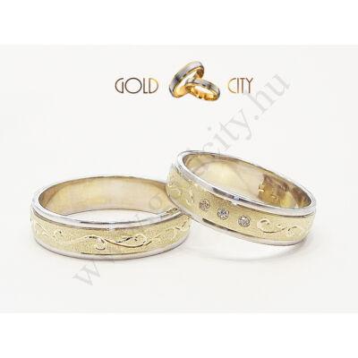 Arany karikagyűrű, kézi véséssel a Gold City Ékszer Webáruház kínálatából.