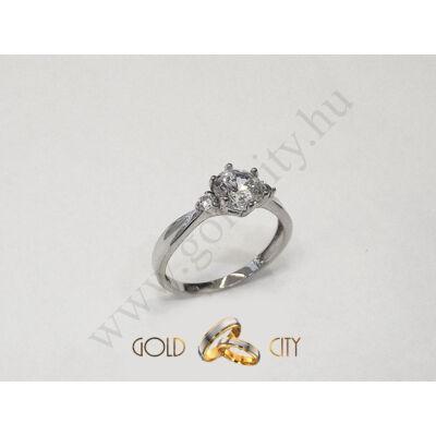 Fehér arany köves gyűrű, jegygyűrű az ékszer webáruházból-goldcity.hu