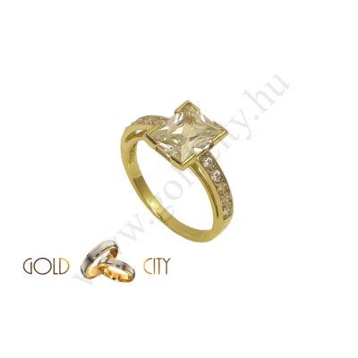 GY-S-825 arany gyűrű