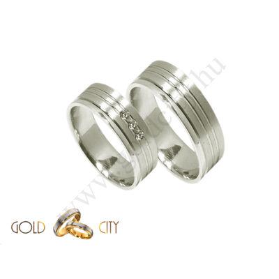 Modern fehér, 14 k arany karikagyűrű, kövekkel díszítve-goldcity.hu
