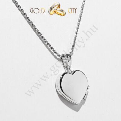 Különleges nyithatószív medál, 14 karátos fényes fehér aranyból.