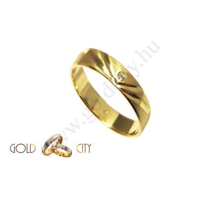 brill-köves-karikagyűrű